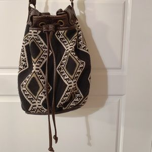 American Eagle Woven Purse Crossbody/Hobo Black